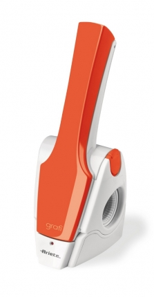 Cs, CAREservice ariete-grati-2-0-arancione.jpg-nggid042365-ngg0dyn-670x430-00f0w010c010r110f110r010t010 ARIETE | Grattugie elettriche - Gratì 2.0 Ariete  grattugie elettriche Gratì