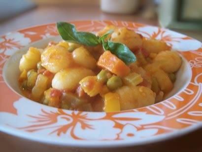 Gnocchi con salsa di verdure