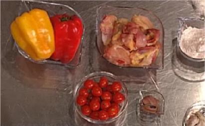 Cs, CAREservice kenwood_club-ricetta-fricassea-di-pollo-alla-romana-con-peperoni-e-acciughe.png-nggid041253-ngg0dyn-670x430-00f0w010c010r110f110r010t010 VideoRicette | Kenwood Cooking Chef – Fricassea di pollo alla romana con peperoni e acciughe vRicette  ricette Kenwood Cooking Chef