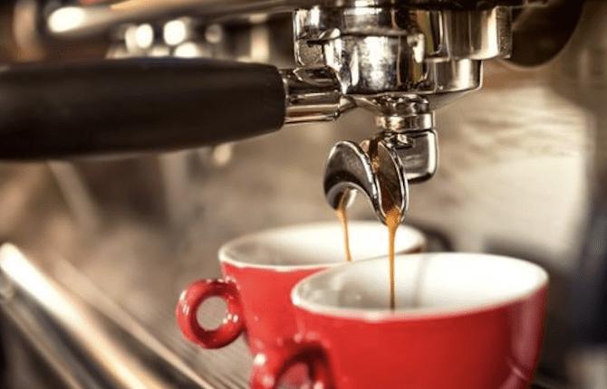 Cs, CAREservice caffe-espresso-670x430 CAREservice, dall'acqua al caffè la ricarica giusta per te Coffee  Cialde capsule caffè